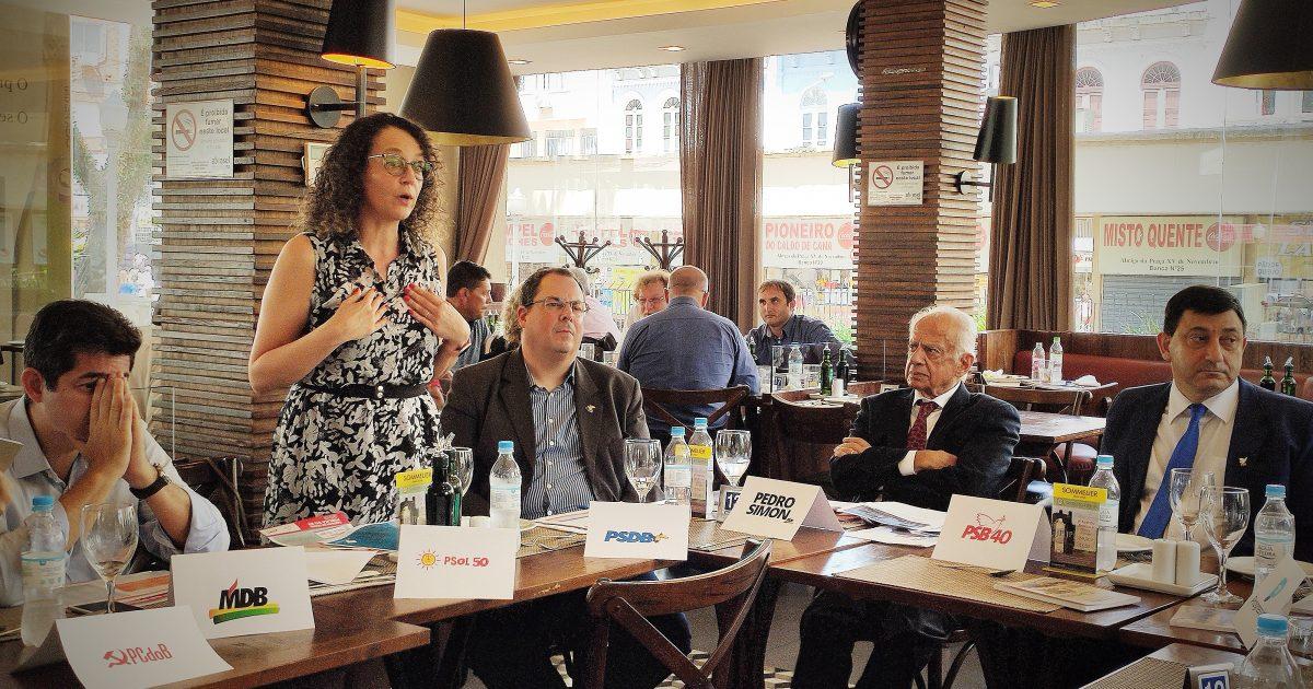 Luciana Genro representou o PSOL em reunião com partidos políticos para articular movimento em defesa de um encontro de contas com a União. | Foto: Samir Oliveira