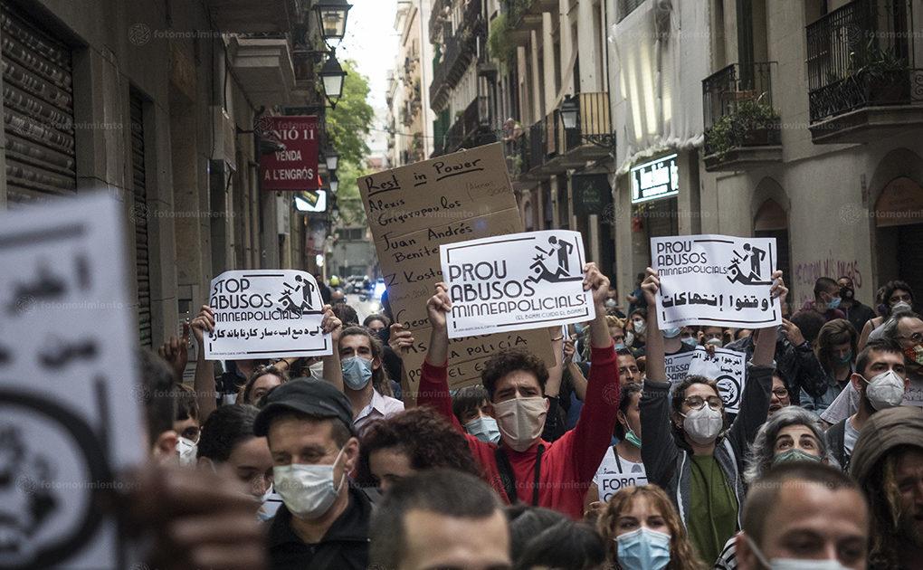 Manifestações pela morte de George Floyd ocorrem em diferentes partes do mundo, como em Barcelona, na Espanha   Foto: Pedro Mata/Fotomovimiento