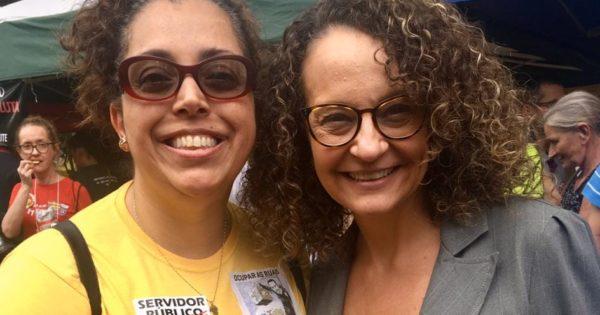 Candidata do PSOL denuncia governo Leite por desconto ilegal de salário