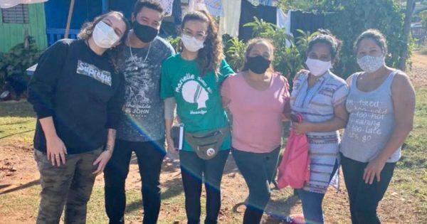 Mandato de Luciana Genro e Emancipa realizam doação de cestas básicas em Passo Fundo