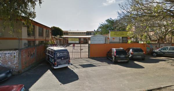 Escola Leocádia Felizardo Prestes declara que não aderiu a modelo cívico-militar