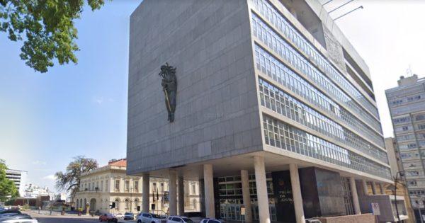 Aprovado projeto que reserva vagas a negros e negras em concursos do Judiciário gaúcho