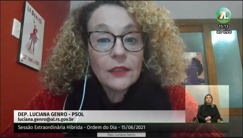 Luciana Genro falou sobre a proposta durante a sessão plenária desta terça-feira (15).