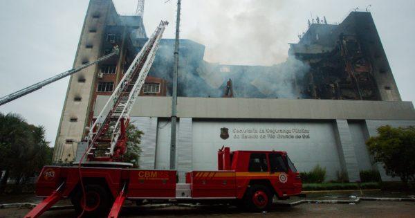 Colunas hidráulicas do prédio da SSP não estavam funcionando no momento do incêndio, confirmam delegados à Comissão