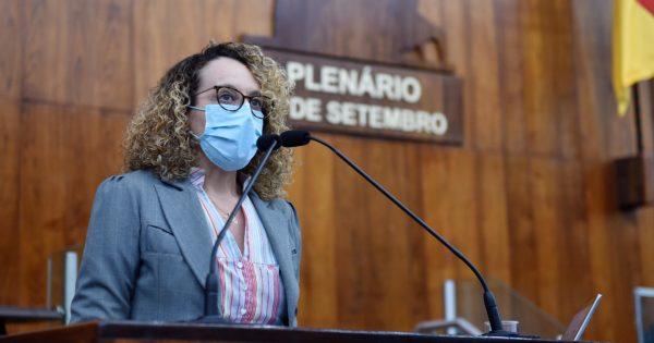 Luciana Genro cumpre agenda em Bagé na quinta-feira (14/10)