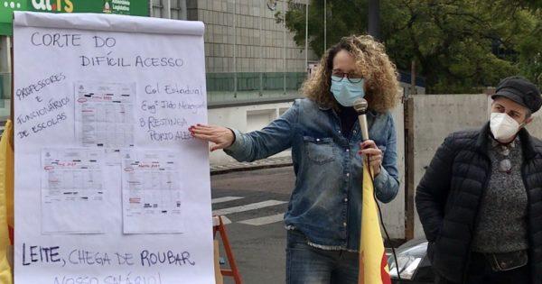 Desconto retroativo do vale-transporte dos educadores não tem amparo jurídico, afirma Luciana Genro