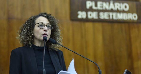 Luciana Genro cumpre agenda em Passo Fundo